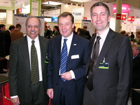Dr. Ambuj Goyal, Thomas Rühl, Frank Theisen auf der CeBIT 2008